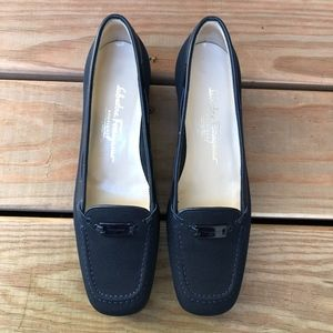 SALVATORE FERRAGAMO Navy Fabric Loafer Pumps Heel